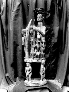 Carved wooden shrine object North Ika, Asaba village (Pitt Rivers Museum 1880)