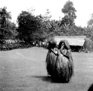 Two Ogwu Aba (singers), Boys initiation, Etiti Ama